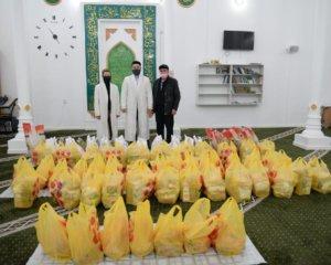 Мақат ауданының орталық мешіті 20 отбасыға азық-түлік апарды (+ ВИДЕО)