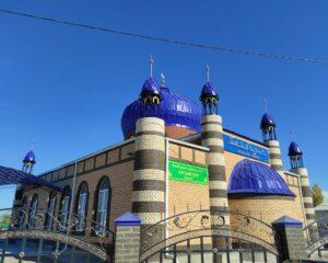Мүфтияттың 30 жылдығы құрметіне Атырауда мешіт ашылып, 841 көшет егілді