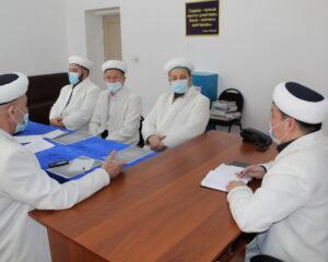 Жылыой имамдары мүфтият бекіткен жеті негізгі бағытты талқылады